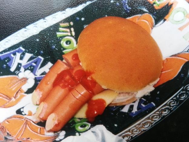 Ein Gruselburger für die Halloween-Kinderparty