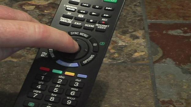 """Mit der """"Enter""""-Taste bestätigen Sie z. B.  Eingaben aus oder markieren Sender."""