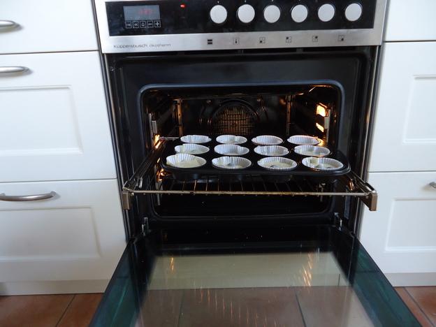 Im Ofen etwa eine halbe Stunde backen