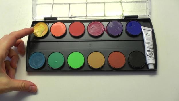 Beginnen Sie mit einer hellen Farbe.