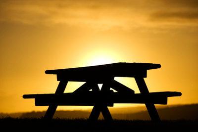 Viel Spaß mit Ihrem Picknicktisch.