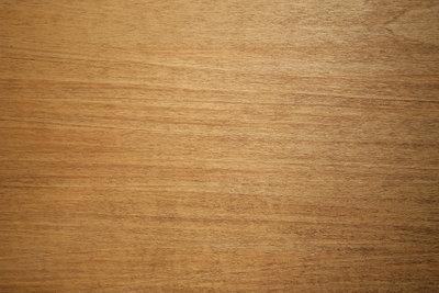 So werden Holzterassen gepflegt.