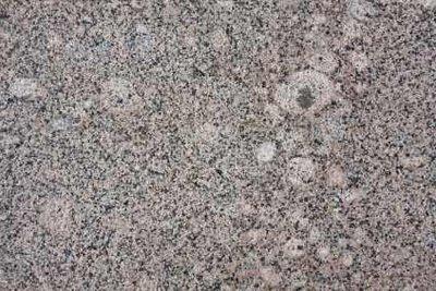Granit ist ein sehr pflegeleichtes Material.