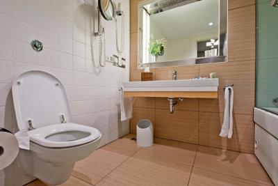 Ein Badezimmer kann modern gestaltet werden.