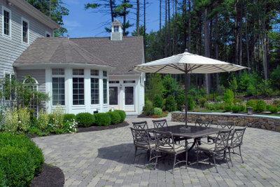 Eine saubere Terrasse ohne Grünbelag!