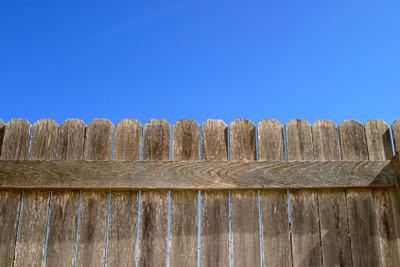 Ein Sichtschutz sorgt für mehr Privatsphäre.