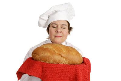 Ein Bäcker profitiert vom Nachtschichtzuschlag.