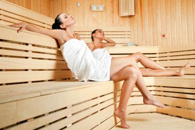 Sauna hilft bei leichter Erkältung.