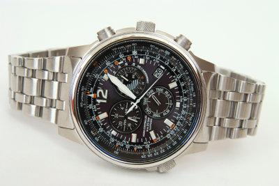 Es gibt viele verschiedene Uhrengläser!