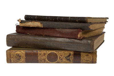 So entsorgen Sie alte Bücher.