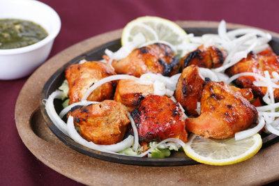 Leckeres Tandoori Chicken Rezept mit Joghurt.