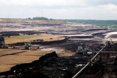 Braunkohle wird im Tagebau gewonnen.