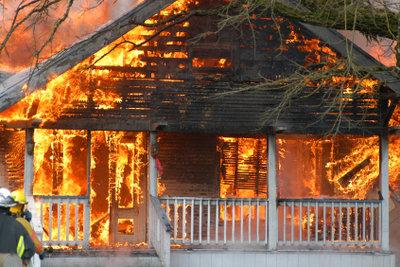 Ein klassischer Fall für die Wohngebäudeversicherung.