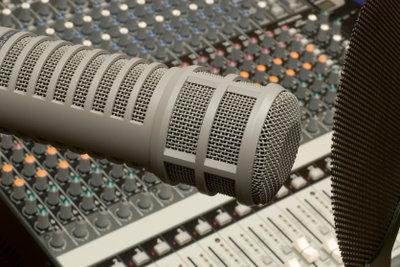 Vermeiden Sie, dass Ihr Mikrofon quietscht.