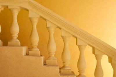 Sanieren Sie Treppen selbst.