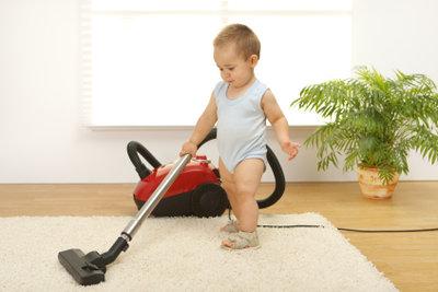 Saugen Sie Ihren Teppich vorher ab.