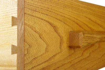 Verleimen Sie Holz haltbar.