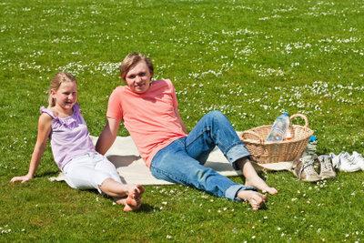 Ein Picknick ohne Wespen macht Spaß.