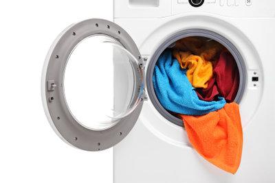 Mit einem Waschmaschinenpodest eine Hebeanlage einsparen.