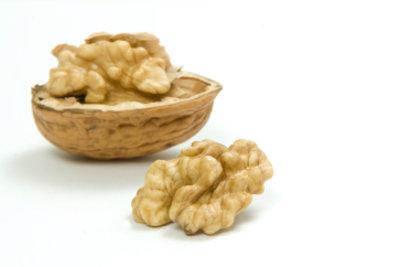 Nüsse sind leckere und gesunde Knabbereien.