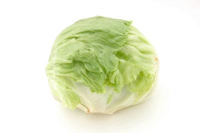Eisbergsalat kann man auch kochen.