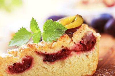 Zwetschgenkuchen darf im Sommer nicht fehlen.