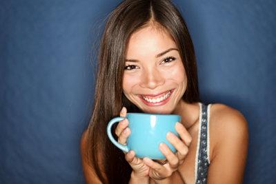 Tee wirkt wohltuend nach dem Erbrechen.