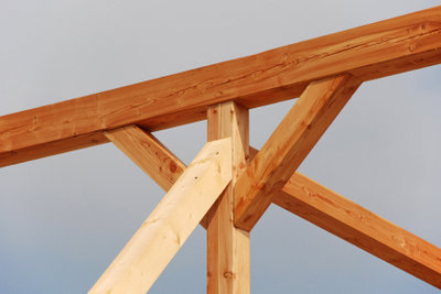 Bauen Sie Ihre Terrassenüberdachung selbst.