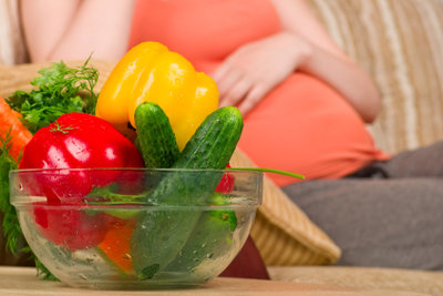 Ballaststoffe fördern die Verdauung bei Schwangeren.