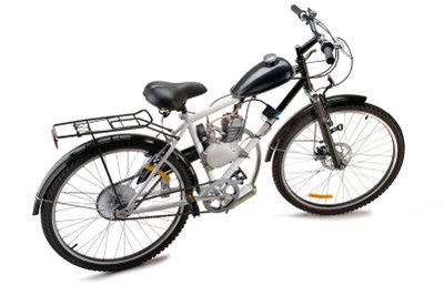 Fahrräder mit Hilfsmotor erleichtern die Fortbewegung.