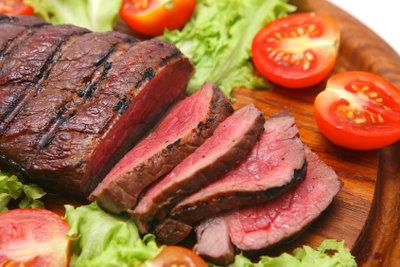 Rinderhüftsteak ist günstiger als Filet.