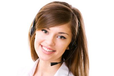Die Hotline bei DHL hilft Ihnen weiter, wenn alle Sofortmaßnahmen nicht helfen.