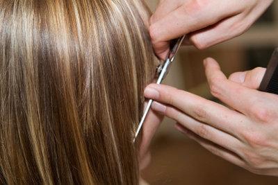 Schöne Haare benötigen eine gesunde Ernährung.