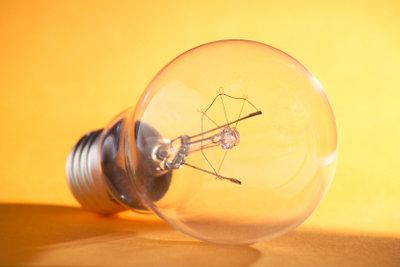 Lampen anzuschließen, ist nicht schwer.