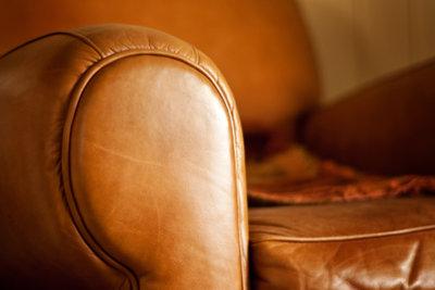 Echtes Leder hat charakteristische Eigenschaften.