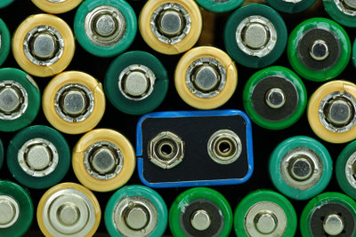 Lithium-Polymer-Akkus unterschiedlicher Bauform