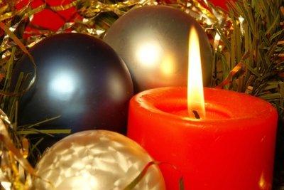 Kerzen gehören zu Weihnachten.