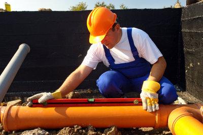 Eine Abwasserleitung können Sie selber verlegen