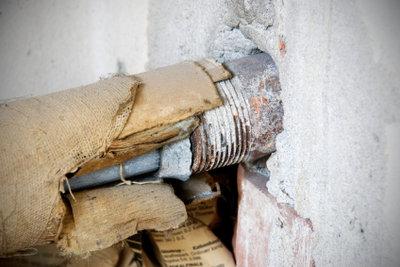 Wasserleitungen müssen bei Bedarf saniert werden.