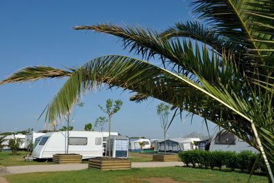 Campen im Wohnwagen ist sehr beliebt.