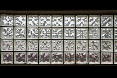 Glasbausteine finden sich in zahlreichen Altbauten.