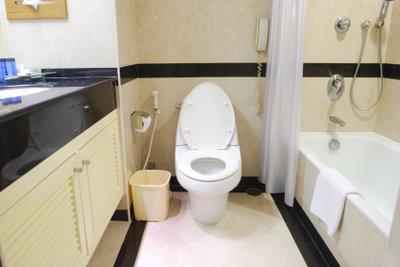 Präparieren Sie das Badezimmer.