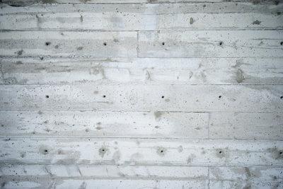 So bauen Sie eine Betonsteinmauer.