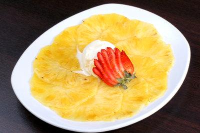 Ananas-Carpaccio - eine außergewöhnliche Rezeptidee.