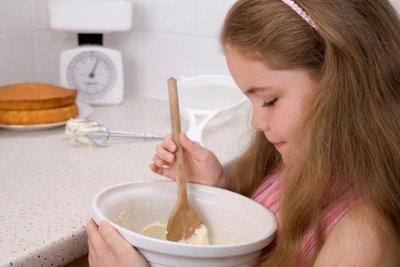 Backen Sie einen leckeren Zuckerkuchen.