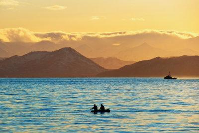 Meer und Berge sind beliebte Motive.
