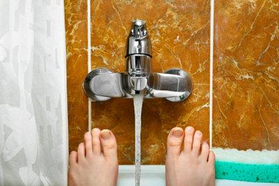 Wasserhähne werden in vielen Räumen benötigt.