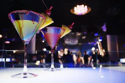 Cocktails gibt es in allen Farben.