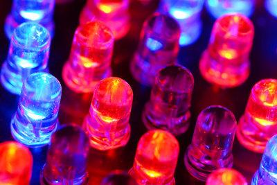 LEDs gibt es in verschiedenen Farben.