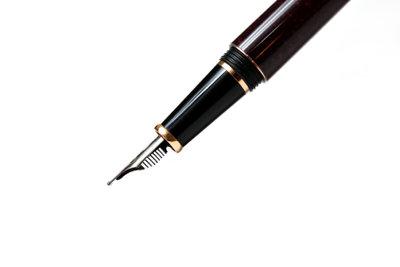 Ein Kolbenfüller ist ein edles Schreibgerät.